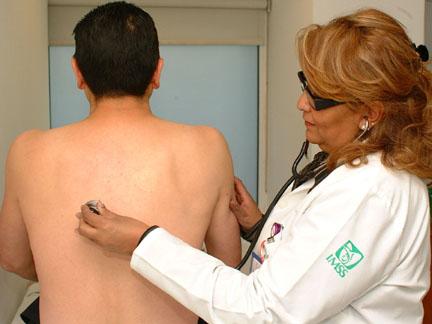 Foto: Tuberculoza face ravagii! Mii de pacienţi, DEPISTAŢI