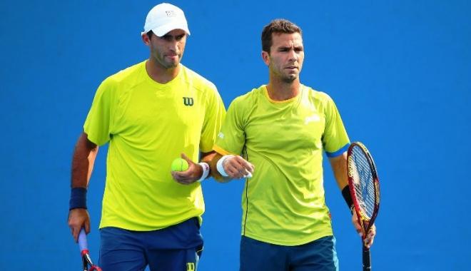 Foto: Horia Tecău şi Jean-Julien Rojer, eliminaţi în primul tur la Viena