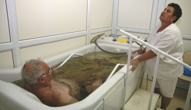 Foto: Posturi medicale la Sanatoriul de Recuperare Techirghiol