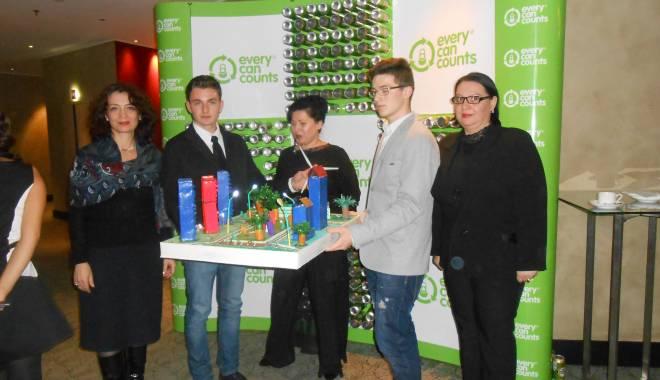 Foto: Liceul TELECOM a câştigat marele premiu