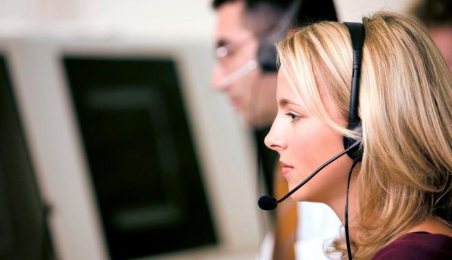 Foto: Operatorii de telefonie mobilă au strâns cele mai multe reclamaţii în 2013