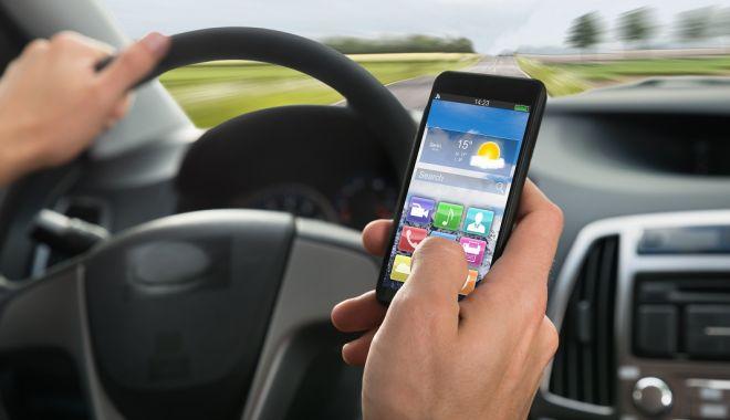 COD RUTIER 2019. Şoferii nu vor mai avea voie la volan cu niciun fel de gadget - telefonlavolan54653068-1547201825.jpg