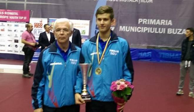 Foto: Tenis de masă: Constănţeanul Cristian Pletea a câştigat medalia de aur la Europe Top 10