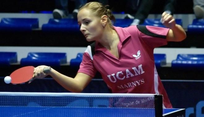 Foto: Tenis de masă / Iulia Necula şi Ovidiu Ionescu au trecut de tururile preliminare la Mondiale