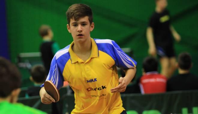 Foto: Tenis de masă: Cristian Pletea participă la Europe Youth Top 10