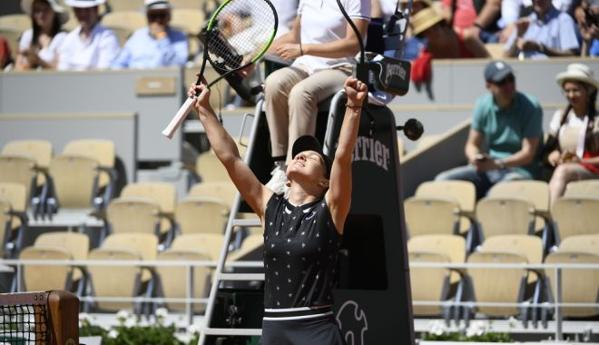 """Foto: Simona Halep, în optimi la Roland Garros. """"Mă aşteptam la un meci mai dificil"""""""