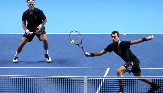 Tecău și Lindstedt au pierdut în debutul Turneului Campionilor - tenistecaulindstedt-1352148977.jpg