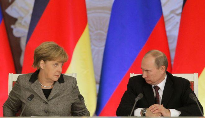 """Foto: Tensiuni majore la Marea Neagră. Putin către Merkel: """"Sunt profund îngrijorat!"""""""