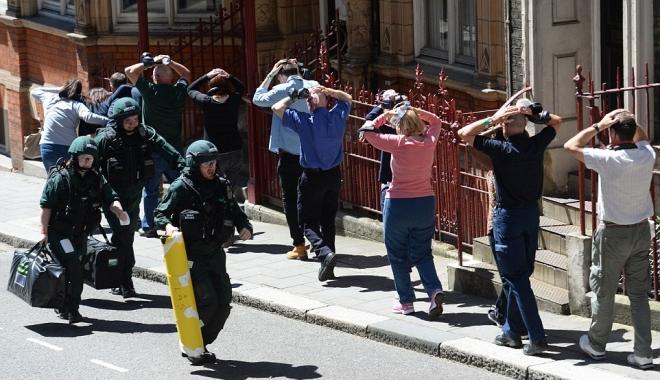 """Foto: """"Ameninţarea teroristă a crescut în mod spectaculos. Nu putem spera să împiedicăm totul"""""""