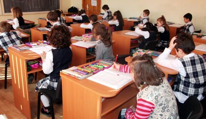 Foto: Vezi unde au dat-o în bară elevii constănţeni la evaluările naţionale