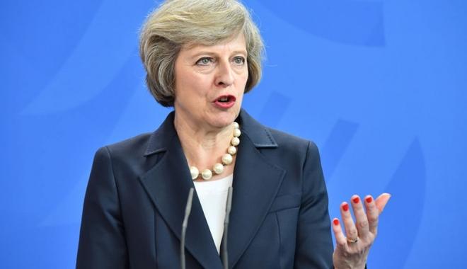 """Foto: Theresa May: """"Londra nu va ceda niciodată suveranitatea Gibraltarului fără acordul populaţiei"""""""