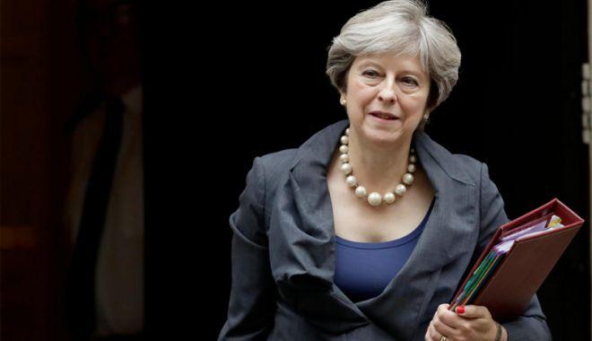 Foto: Theresa May vizitează China  pentru relațiile economice post Brexit