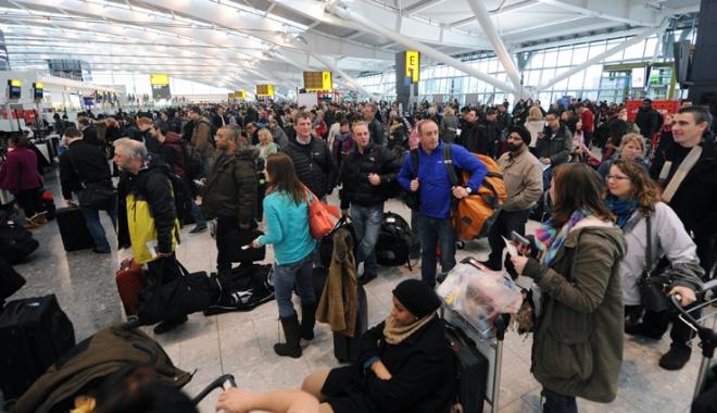 Foto: Theresa May,  declaraţii importante  despre libera circulaţie  a cetăţenilor europeni  în Marea Britanie