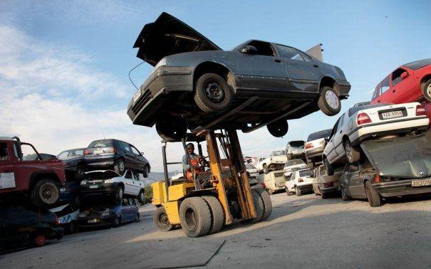 Maşinile abandonate prin Constanţa, ridicate de poliţiştii locali - thumb1520943972-1555673402.jpg