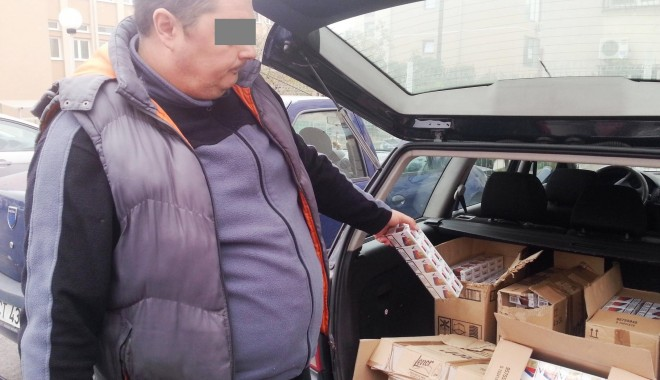 Foto: Peste 30.000 de ţigarete de contrabandă, confiscate