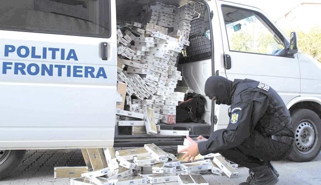Foto: Constănţeni trimişi în judecată pentru contrabandă cu ţigări