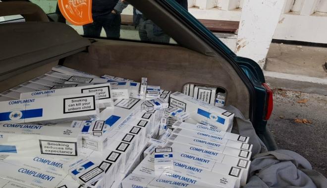 Foto: Aproape 4.000 de pachete de ţigări, descoperite de poliţiştii de frontieră constănţeni