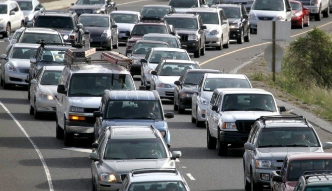 Foto: VESTE MINUNATĂ PENTRU ŞOFERI! Taxa auto şi timbrul de mediu vor fi restituite, CHIAR ŞI FĂRĂ DOVADA PLĂŢII