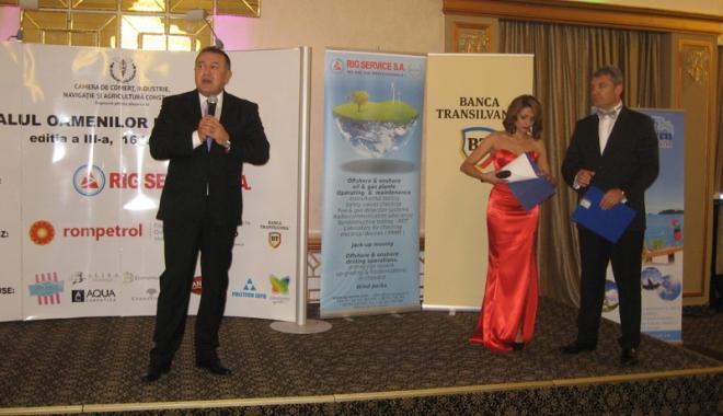 Tinerii antreprenori constănţeni, premiaţi la Balul oamenilor de afaceri - tineriiantreprenori10-1497790258.jpg