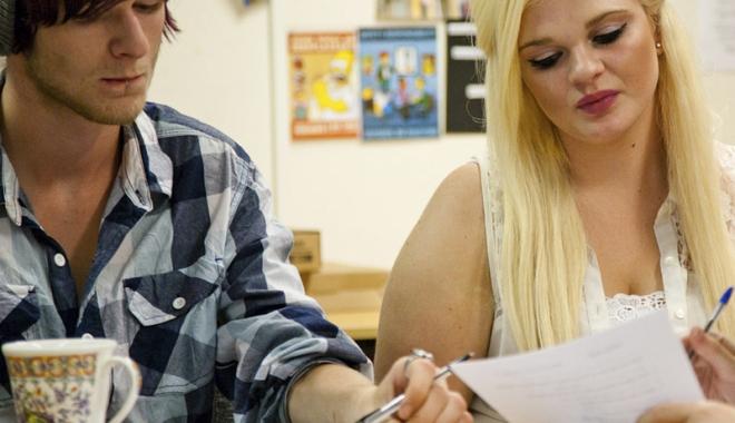Foto: Ajutor pentru tinerii dezavantajaţi.  Vor fi angajaţi la stat!