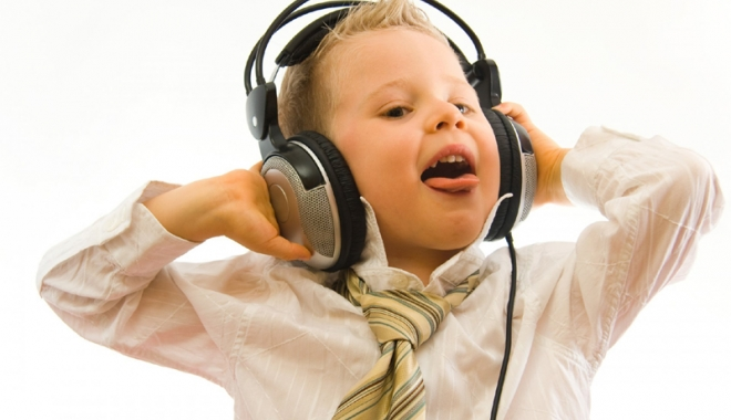 Tinerii  şi tehnologia - tineriisitehnologia-1515933405.jpg