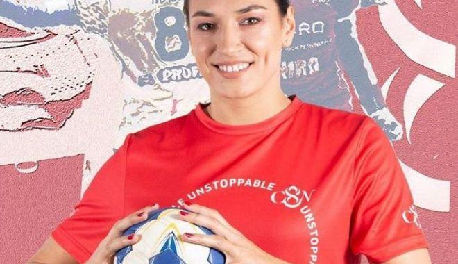 """Foto: Titlul de """"jucătoarea anului 2018"""", o motivaţie în plus pentru Cristina Neagu"""