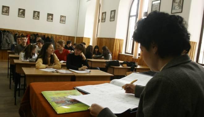 Emoții pentru profesori! Mâine, proba scrisă pentru examenul de titularizare - titularizare1427314436-1436873431.jpg