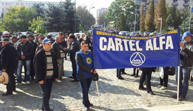 """Foto: """"Tobele"""" sindicatelor cheamă la luptă"""