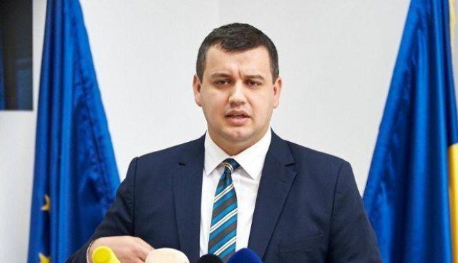 USR-PLUS și PMP cer BEC prelungirea programului de vot pentru ca Diaspora să poată vota și după ora 21:00 - tomac-1558876782.jpg