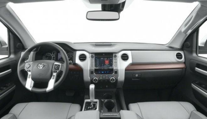 Foto: Toyota recheamă în service 1,06 milioane de automobile. 946.000 de maşini au fost vândute în Europa