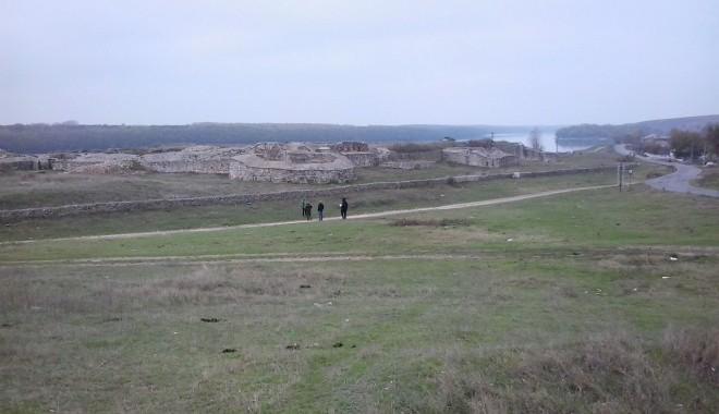 În căutarea dacilor în cetatea Capidava - traditiidacicelacapidava1-1355763066.jpg