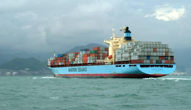 Foto: Paştele a umplut rada portului Constanţa de nave în aşteptare