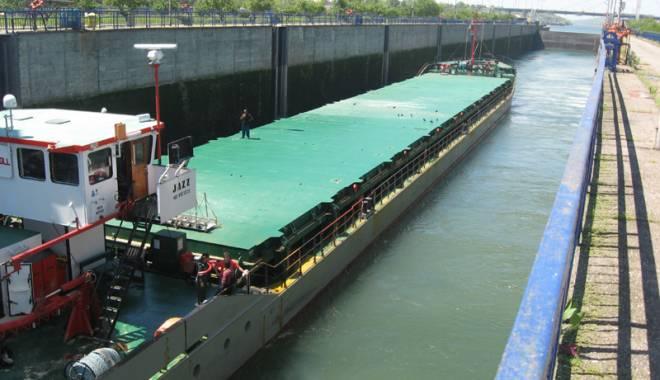 Foto: Traficul de mărfuri pe canalele navigabile a crescut cu peste 4%