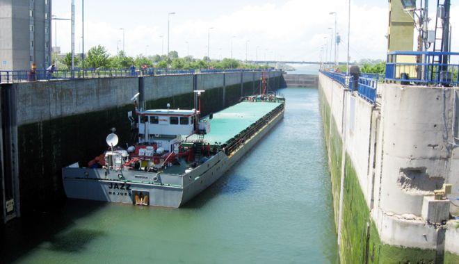 Foto: Traficul de mărfuri a crescut cu peste 11%, pe canalele navigabile