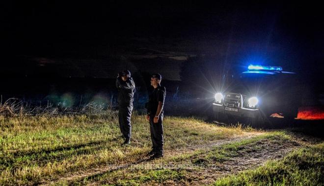 De veghe la frontieră! Cine dă cele  mai mari bătăi de cap Gărzii de Coastă - traficde-1486402374.jpg