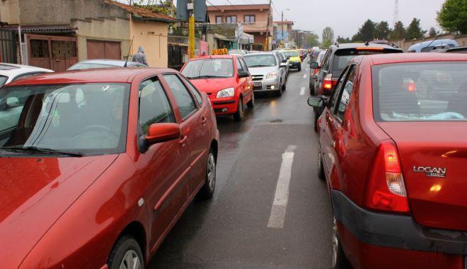 Foto: Atenţie, trafic blocat, pe o stradă din Constanţa. Se lucrează la reţeaua de apă