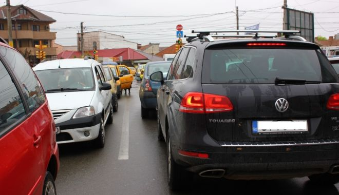 Foto: Trafic restricţionat la Constanţa, din cauza unei avarii RAJA