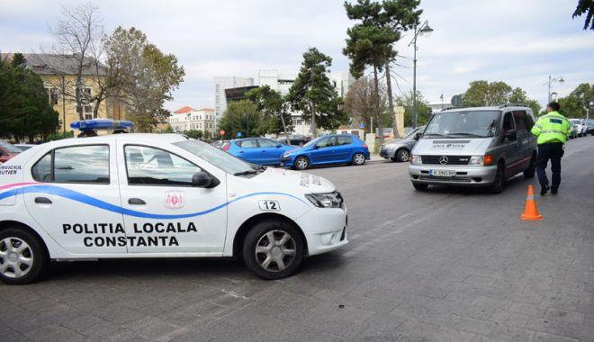 Foto: Trafic restricţionat, astăzi,  pe bulevardul Tomis şi în Peninsulă