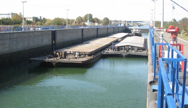 Foto: Traficul de mărfuri  pe canalele navigabile  a ajuns la 11.603.000 de tone
