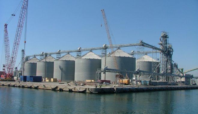Foto: Traficul de cereale prin portul Constanța  a crescut de peste opt ori, în 15 ani