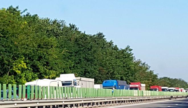 Foto: Veşti bune! TRAFICUL PE AUTOSTRADA A2 SE DESFĂŞOARĂ NORMAL PE AMBELE SENSURI