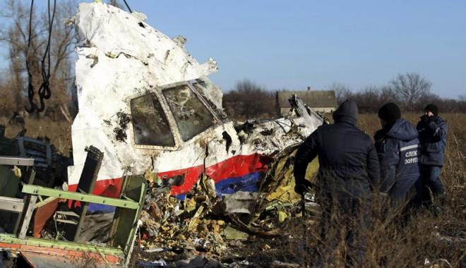 Foto: Tragedia zborului MH17, doborât în Ucraina.