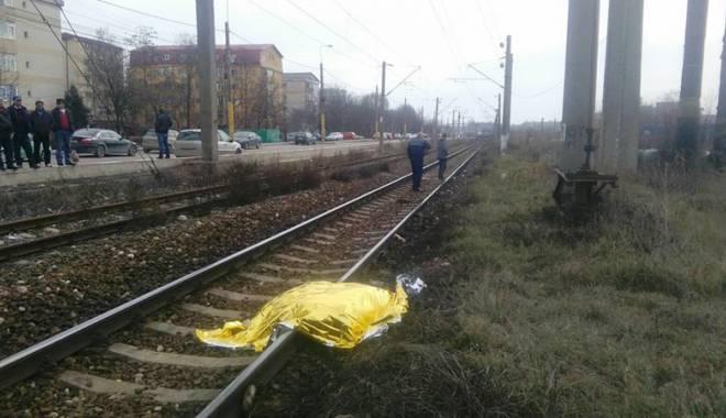 Foto: Tragedie �n cartierul Poarta 6. Un b�rbat a fost t�iat de tren