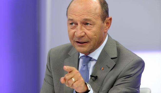 Foto: Traian Băsescu anunţă POZIȚIA PMP la moțiunea de cenzură