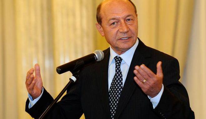 """Foto: Traian Băsescu: """"Mă surprinde opţiunea PNL de a aduce candidați din afara partidului"""""""