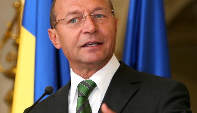 Foto: Băsescu cere SRI să desecretizeze informările către Preşedinţie pe tema dezinfectanţilor din spitale