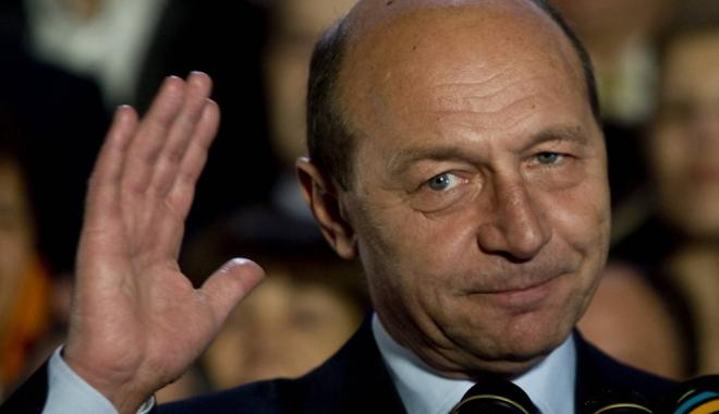 Foto: Ce spune Băsescu despre candidatura la preşedinţia Republicii Moldova