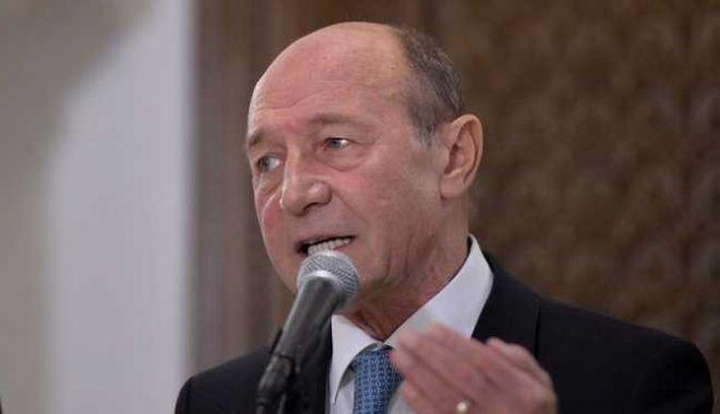 Foto: Băsescu: Dăncilă a aruncat pe apa sâmbetei 50 de ani de politică externă românească în Orientul Mijlociu