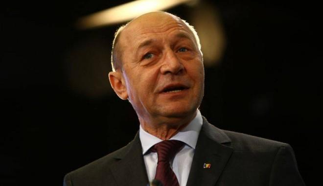 Foto: Traian Băsescu: Legea privind ROŞIA MONTANĂ este neconstituţională