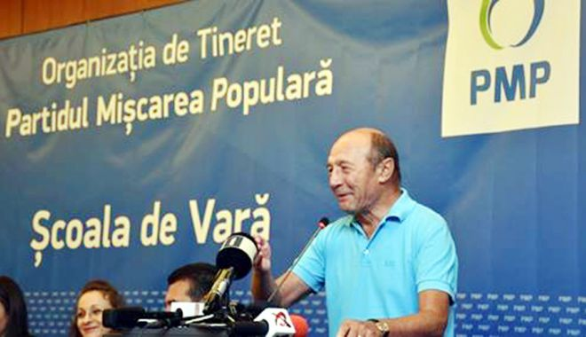 Foto: Traian Băsescu, mesaj de la Neptun: